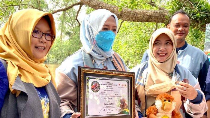 Nur Asia Uno Beri Nama Baby Bekantan Pulau Curiak Batola