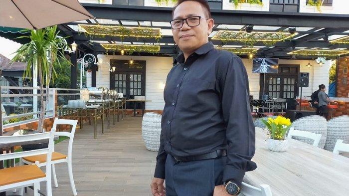 Kisah Inspiratif, Mulai Kerja Sawah dan Buruh Angkut Pasar, Kini General Manager Hotel di Banjarbaru