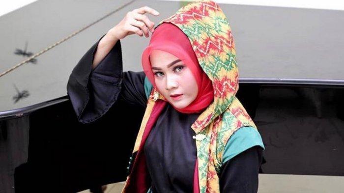 Tips dan Cara Membentuk Alis ala Make Up Artis asal Kota Banjarmasin : Bedakan Alis Tebal & Tipis