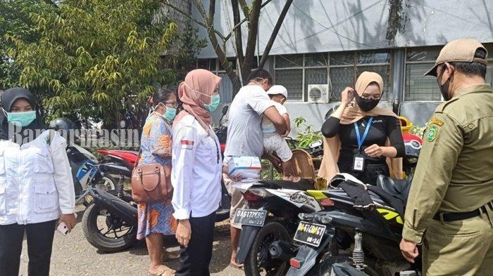 Operasi Yustisi di Kabupaten Tapin Jaring 28 Pelanggar Prokes, KTP MIlik 3 Warga Ditahan