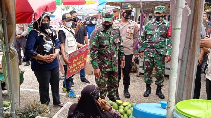 Operasi Yustisi di Pasar Mabuun Kabupaten Tabalong, 3 Warga Kedapatan tak Pakai Masker