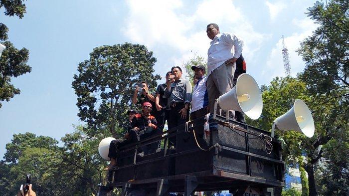 Mayday 2018, Hadir di Hari Buruh Yusril : Presiden Jokowi Harus Membela Rakyat Bukan Pemilik Modal