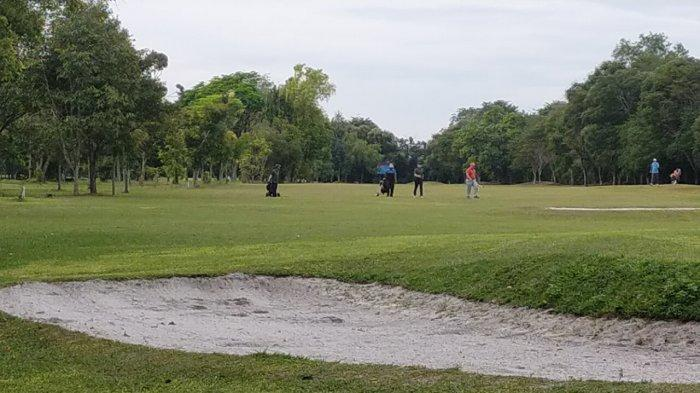 KaltengPedia - Padang Golf Isen Mulang Palangkaraya Kalteng