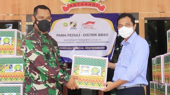 Kodim 1006 Banjar Bersama PT Pama Persada Salurkan Bantuan untuk Warga yang Isoman