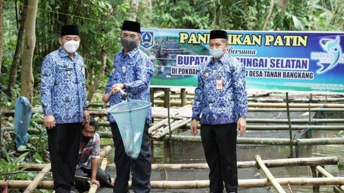 Panen Ikan Patin Keramba Jala, Pokdakan Sumber Rezeki di HSS Berharap Bantuan Modal