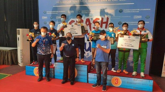 Petenis Meja BNNP Kalsel Juara 3 Ganda Putra pada Event BNN Smash on Drugs di Lido