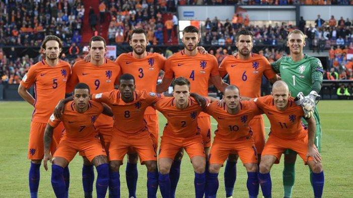 Fokus Bersama Belanda di Euro 2020, Memphis Depay Abaikan Bursa Transfer ke Juventus atau Barcelona