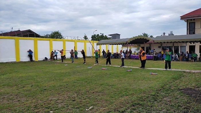 Festival Lima Cabor di Banjarmasin,Penyumpit Balangan Juarai Lomba Sumpit