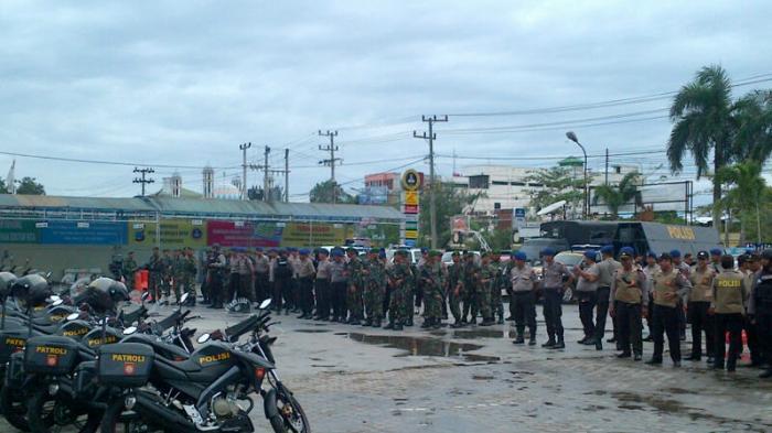Konvoi  TNI-Polri Bersenjata Lengkap Keliling Banjarmasin, Ini Foto-fotonya