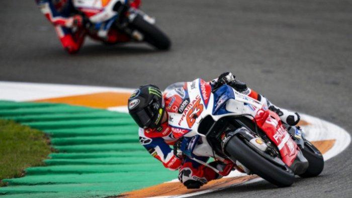 Hasil MotoGP Aragon 2021 - Bagnaia Menangi Duel Epic dengan Marquez, Rossi Tercecer