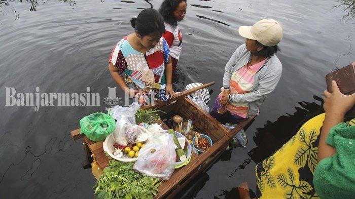 VIDEO Banjir Kalteng, Ketinggian Air di Bantaran Sungai Kahayan Palangkaraya Mulai Surut