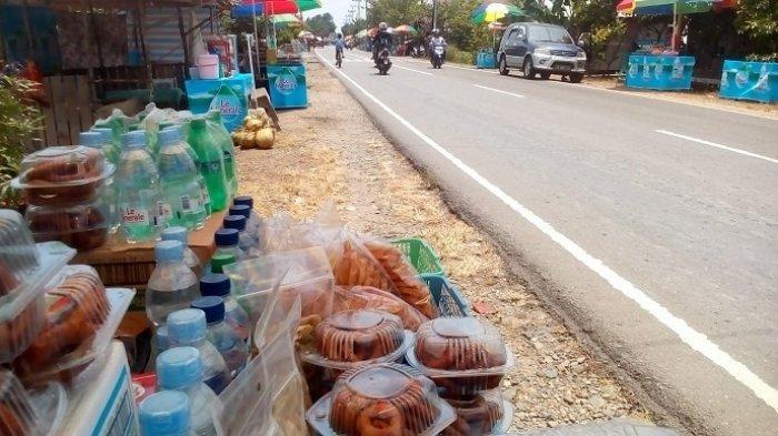 Kue Cincin, Bangkitkan Ekonomi Warga Batung Muara Rintis, Sekarang Cukup di Pinggir Jalan