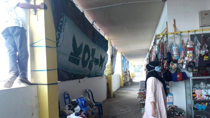 Pedagang Pasar Kemakmuran Kotabaru Keluhkan Atap di di Blok B dan F yang Bocor