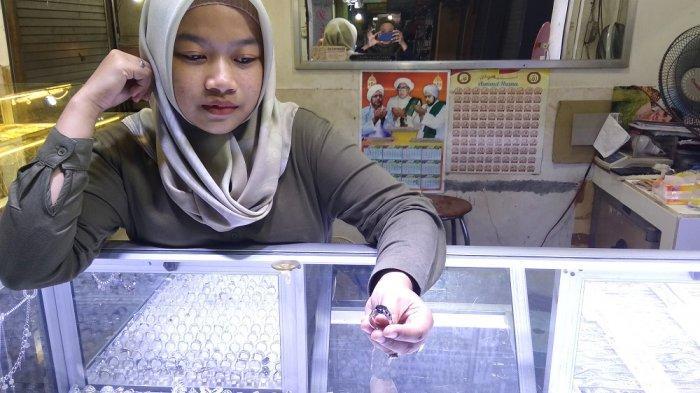 Perhiasan Perak Masih Banyak Peminat, Begini Kata Pedagang di Pasar Sentra Antasari Banjarmasin