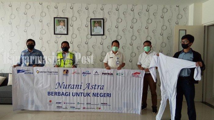 Dua Perusahaan Beri APD untuk RSUD Hadji Boejasin Kabupaten Tanahlaut