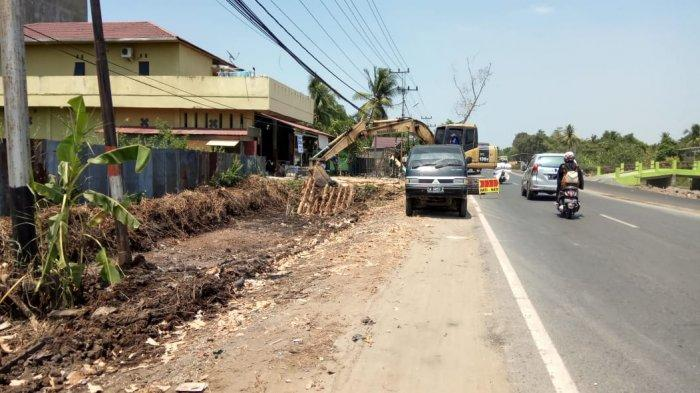 Camat Alalak Batola: Menolak Harga Pembebasan Lahan, Tanah Tetap Dikeruk Alat Berat