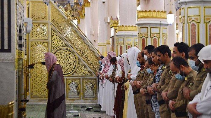 Hari Ini Sidang Isbat Ramadhan 1442 H, Kemenag: Sholat Tarawih Hanya di Zona Kuning dan Hijau
