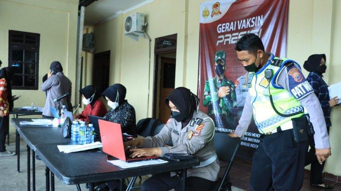 Lanjutan Vaksinasi di Polresta Banjarmasin, 257 Warga Disuntik Kamis Pagi
