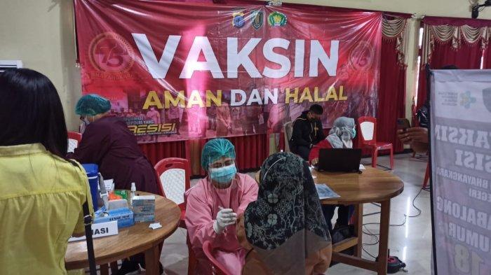 Jokowi Pastikan Vaksinasi Berbayar Dibatalkan, Seskab Pramono Anung : Vaksin Gratis Berlanjut