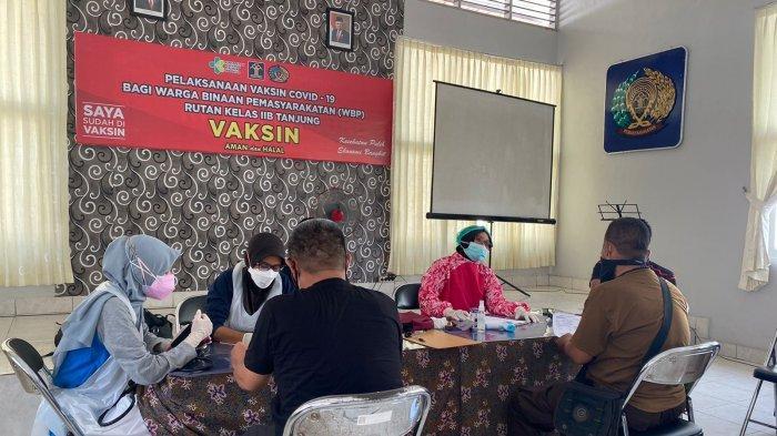 173 Warga Binaan Rutan Tanjung Tabalong Sudah Dapatkan Vaksin Covid-19 Dosis Pertama