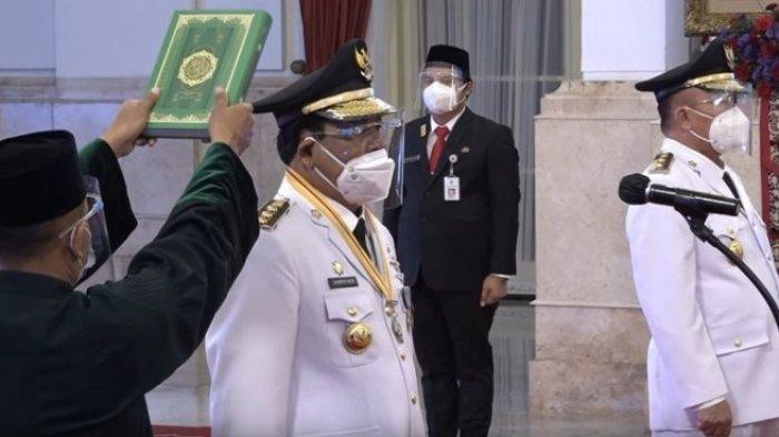 Pelantikan Gubernur dan Wagub Kalsel H Sahbirin Noor dan H Muhidin di Istana Negara, Rabu (25/8/2021).