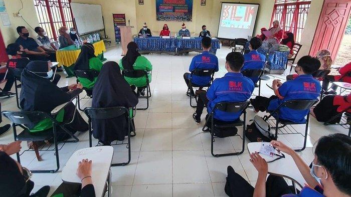 Cari Peluang Kerja, 64 Orang Ikuti Pelatihan di BLK Kabupaten Kapuas