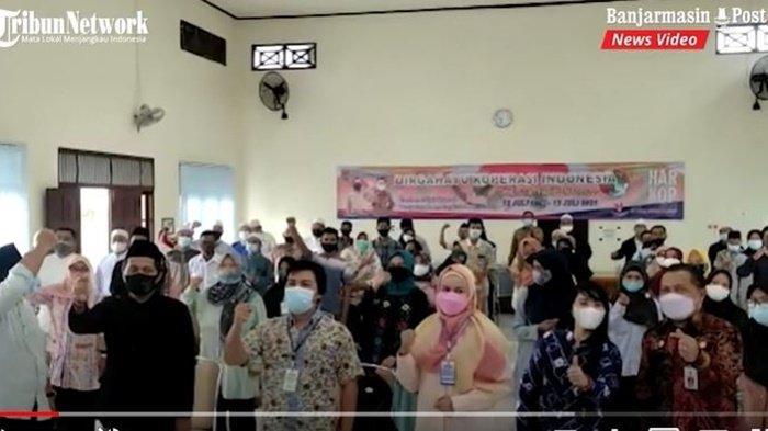 Pembukaan pelatihan kepada pelaku UMKM di Balai Pelatihan Koperasi dan Usaha Kecil di Jalan A Yani Km 18, Kota Banjarbaru, Provinsi Kalimantan Selatan, Senin (12/7/2021).