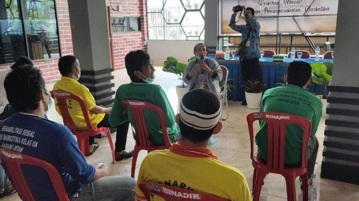 Sebanyak 34 Warga Binaan Lapas Karang Intan Kabupaten Banjar Dilatih Menulis Cerpen