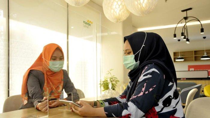Pelayanan di PT Bank Syariah Mandiri (Mandiri Syariah).