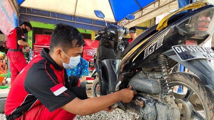 Yamaha Banjarmasin Terjunkan Mekanik, Beri Pelayanan Gratis Hidupkan Motor Mogok