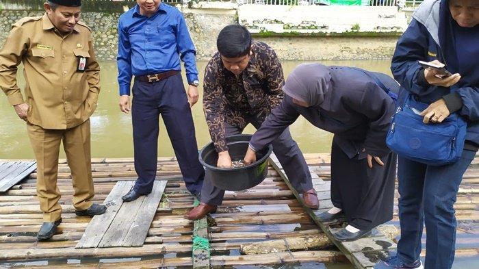 DPRD HST Kalsel Berencana Alokasikan Anggaran untuk Penebaran Puluhan Ribu Ikan Papuyu dan Toman