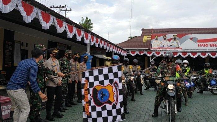 Kapolres dan Dandim 1002 HST Lepas Bhabinkamtibmas dan Babinsa, Salurkan 300 Paket Sembako Bansos