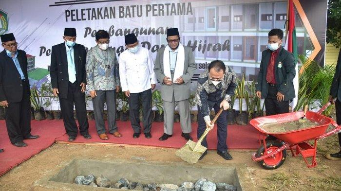 Pondok Pesantren Darul Hijrah Martapura Kalsel Bangun Perguruan Tinggi Ilmu Alqur'an