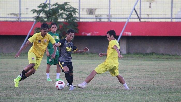 Uji Coba Lawan Tim Lokal,Pelatih Kalteng Putra Belum Puas dengan Stamina Pemainnya