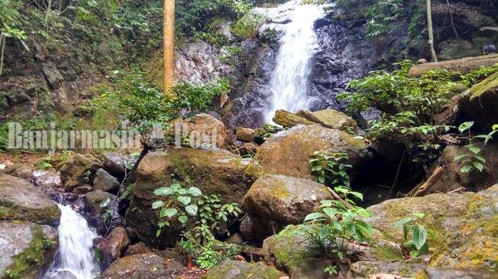 Pengunjung Disuguhi Pemandangan Eksotis Menuju Air Terjun Lano KabupatenTabalong