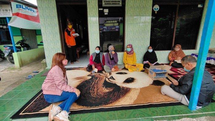 Kesehatan Warga Pasca Isolasi Mandiri di Landasan Ulin Banjarbaru Diperiksa
