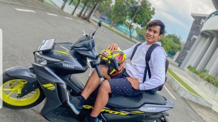 Pembalap muda yang saat ini tengah menjajal All New Aerox 155 Connected, Galang Hendra Pratama