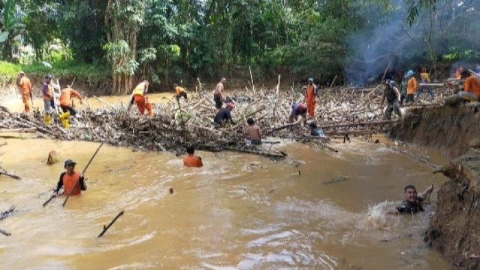 Pemkab HST Tak Punya Alat Berat, Dinas PUPR KesulitanLaksanakan Program Pengendalian Banjir