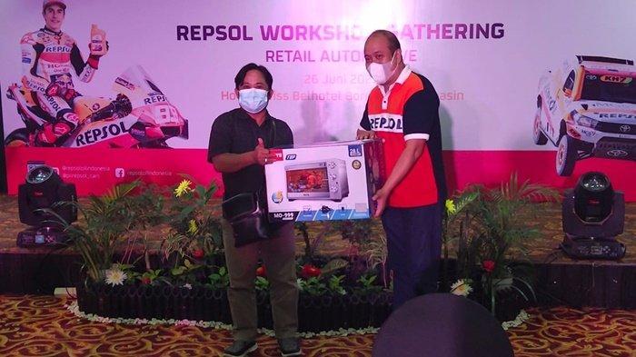 Pemilik bengkel hadiri technical gathering repsol di Swiss-Bell Hotel, Kota Banjarmasin, Provinsi Kalimantan Selatan, Sabtu (26/6/2021).