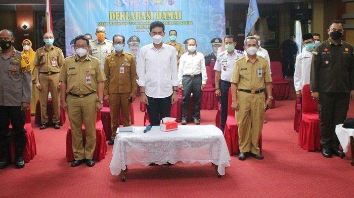 Bupati Banjar Ingatkan Prokes Covid-19 saat Gelar Deklarasi Damai Pemilihan Kades Serentak