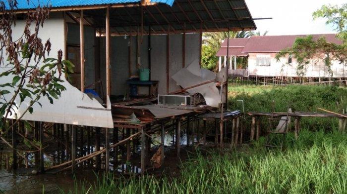 Kondisi Cuaca Tak Dapat Ditebak, Kapolsek Martapura Barat Ingatkan Warga Waspada