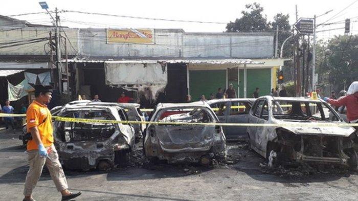 Aksi 22 Mei - 11 Mobil Dibakar Massa di Depan Asrama Brimob, Polda Metro: Kericuhan Ulah Provokator