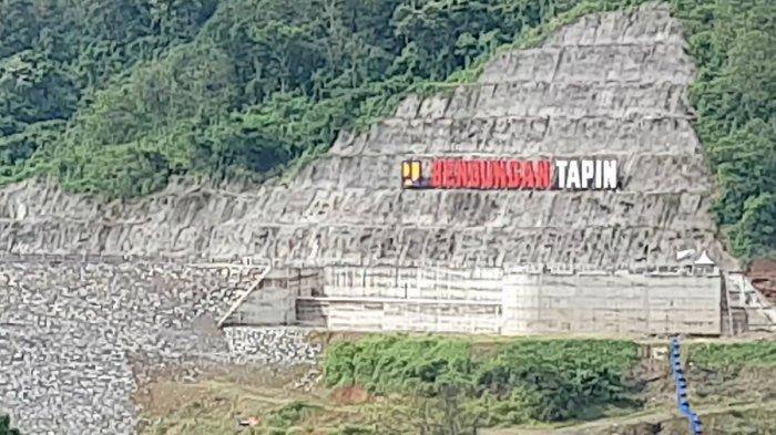 Travel - Bendungan Tapin Kalsel yang Viral di Medsos Merupakan Proyek Strategis Nasional