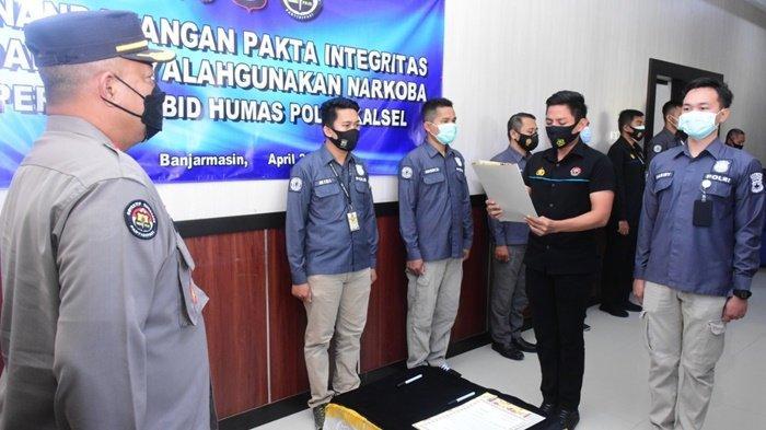 Antisipasi Penyalahgunaan Narkoba di Tubuh Polri, Satker Polda Kalsel Tandatangani Pakta Integritas
