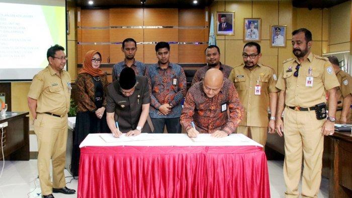 Pemkab Banjar dan PLN Unit Induk Wilayah KalselTeng Tandatangani Kesepakatan