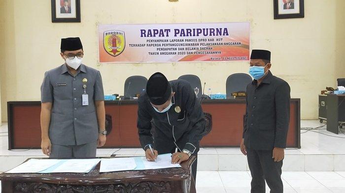 DPRD HST Soroti Penilaian BPK RI Terkait Keuangan Daerah, Raperda LKPj APBD HST 2020 Disetujui