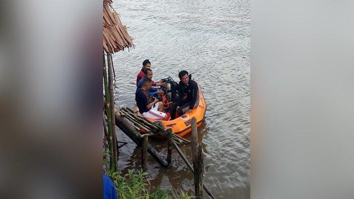 Korban Tenggelam di Sungai Tabuk Masih Belum Ditemukan, Terkendala Alat Selam, TNI dan Polri Turun