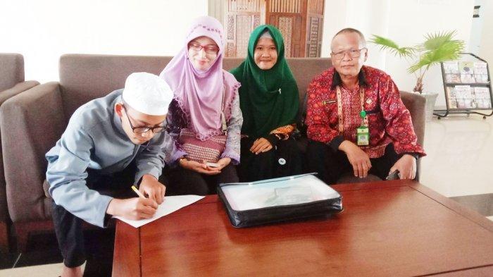 Kapuas Kirim Dua Orang Santri Ikuti Pospenas Nasional