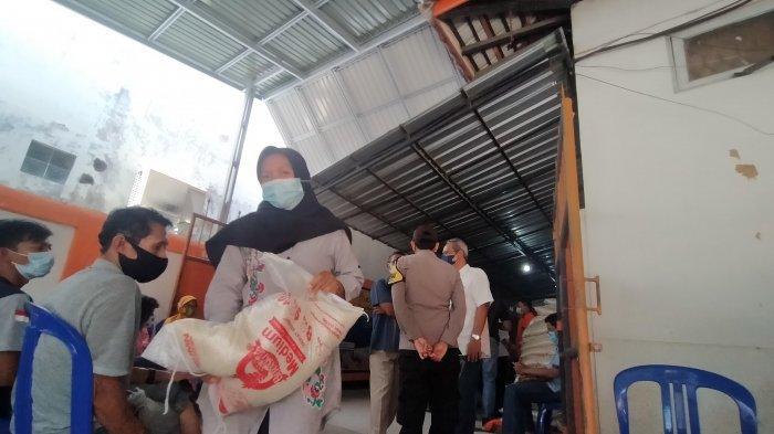 Pastikan Tak Ada Pungli, BST Rp 600 Ribu Sudah Cair di Kantor Pos