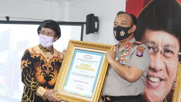 Kapolda Kalteng Terima Penghargaan Kak Seto Award, Dinilai Berhasil Ungkap Kasus Pelindungan Anak